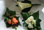 Wedding button holes and corsages