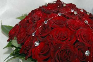 Hand tied wedding bouquet - Prestige red roses with diamonds and glitter